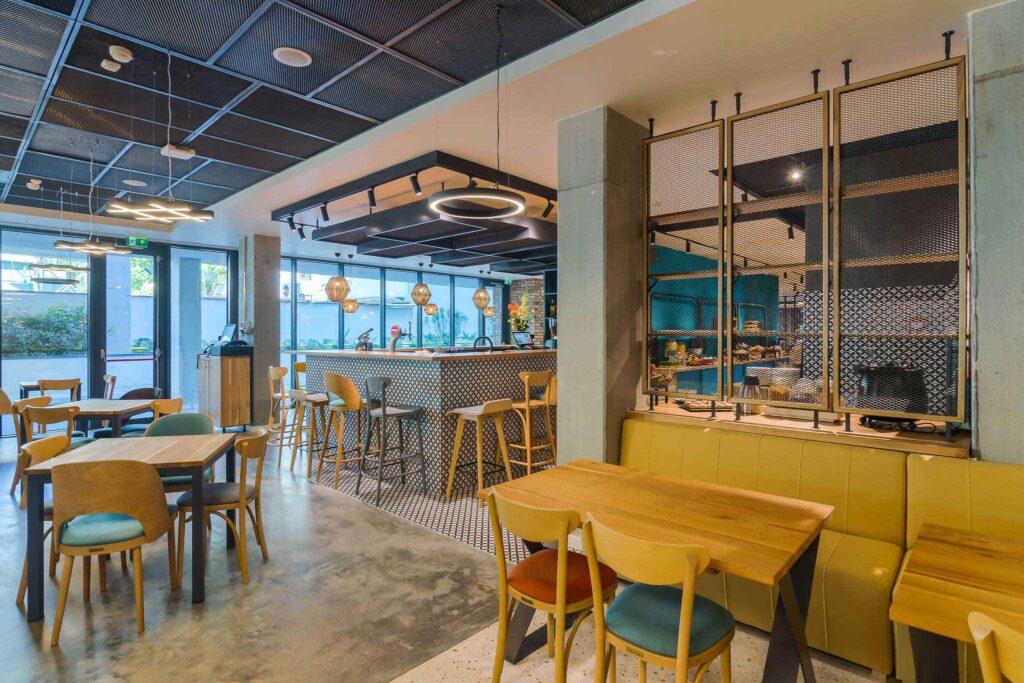 mobilier restaurant scaune mese canapele
